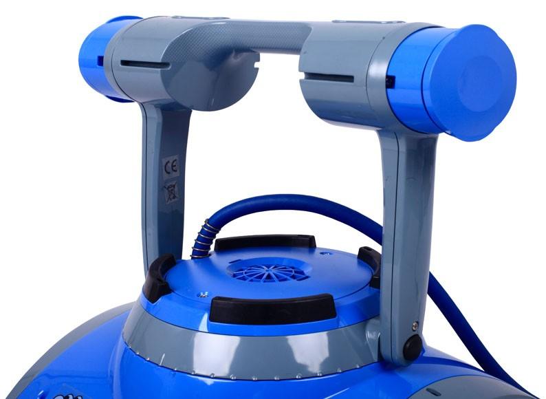 Dolphin m5 limpiafondos para piscinas piscinas ferromar for Limpiafondos precios